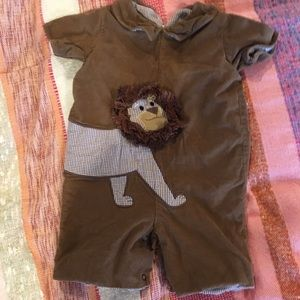 Brown lion romper outfit
